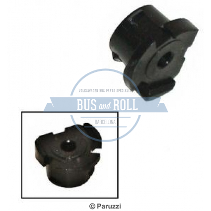 horn-button-mounting-clip-each