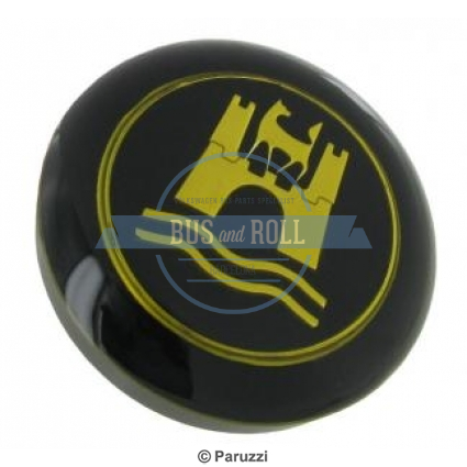 horn-button-with-a-gold-colored-emblem