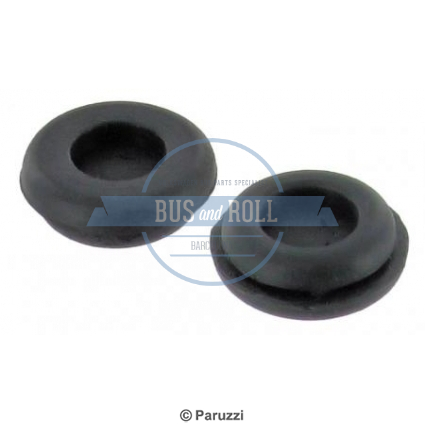 wire-grommets-per-pair