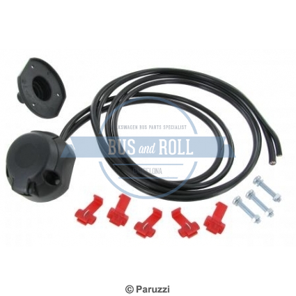 tow-bar-cable-box-7-poles-included-15-meter-wiring