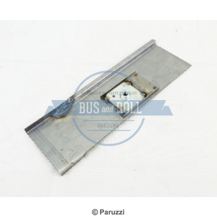 seat-belt-repair-panel-right