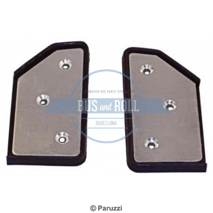 seal-quarter-facing-mounting-plate